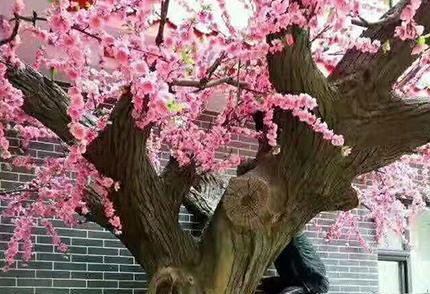 大型仿真桃花樹