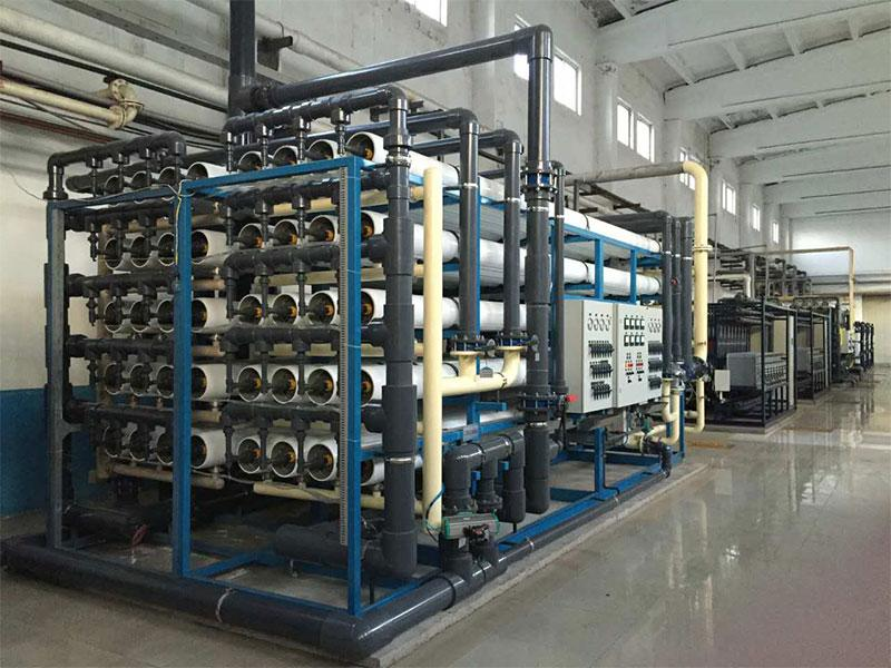 灌装桶装水设备
