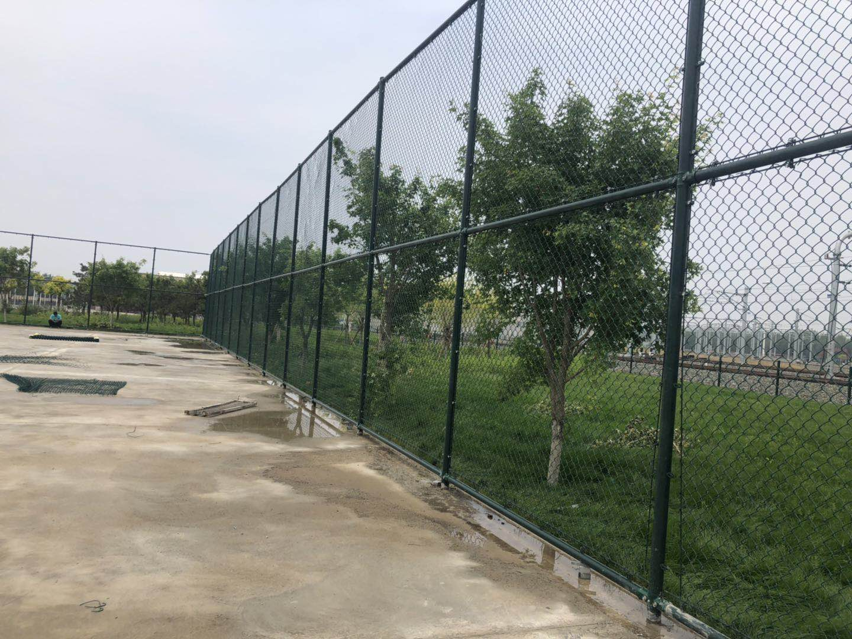 锌钢护栏是什么材质