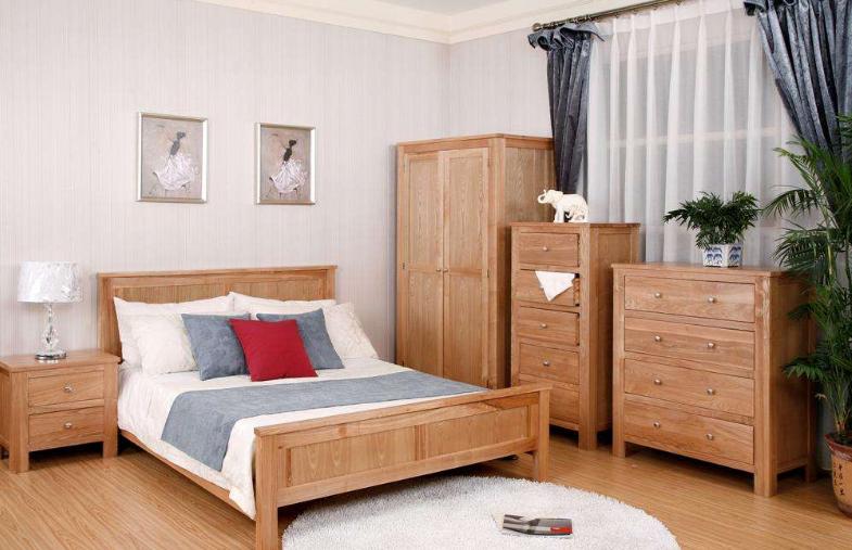 实木家具怎么选呢?沈阳实木家具到底怎么样呢?