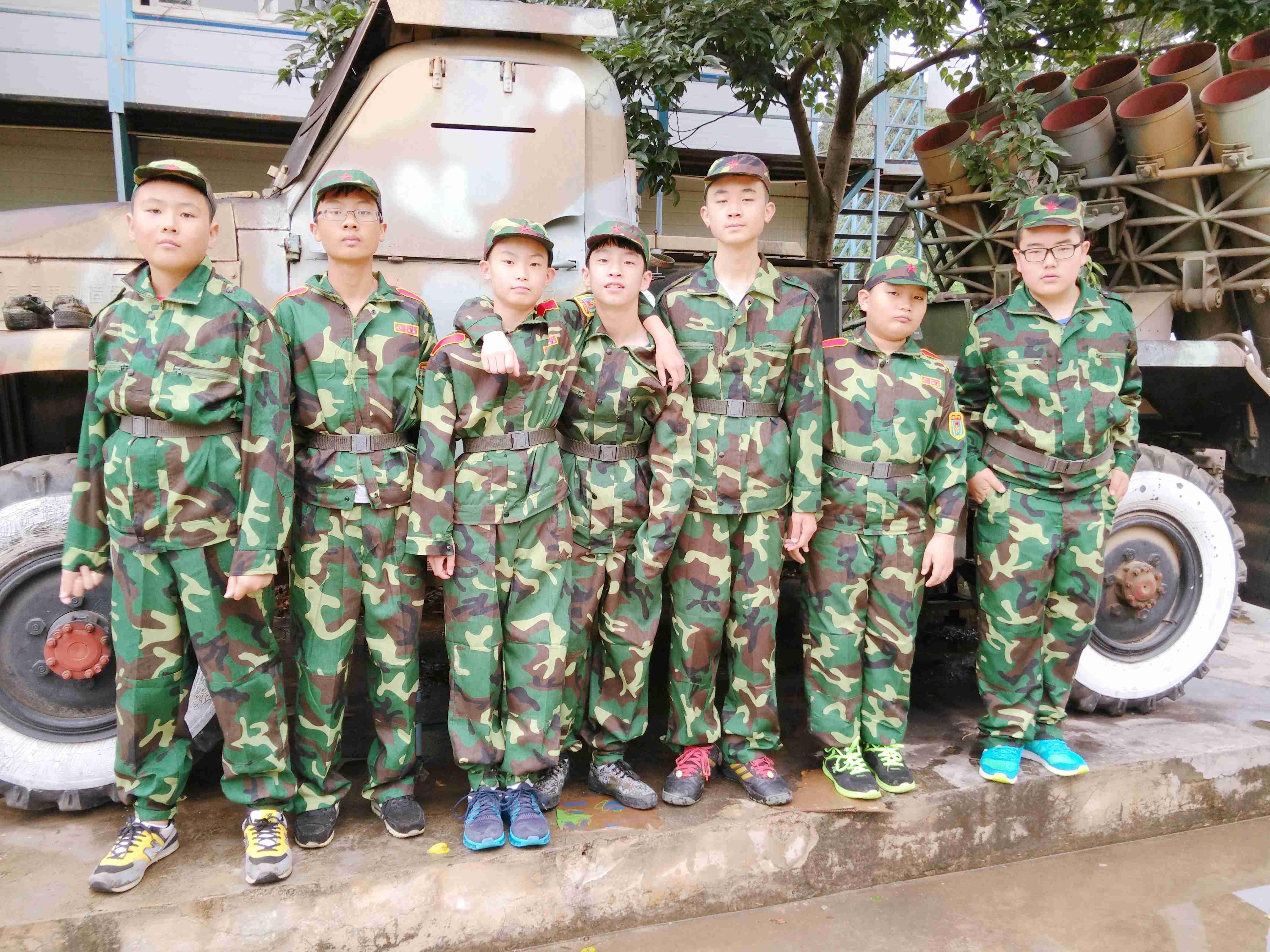 军事夏令营实践课