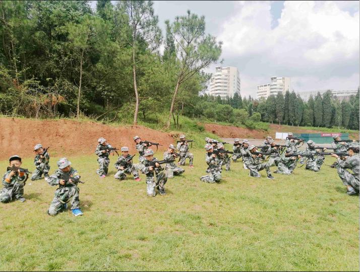 云南军事夏令营机构