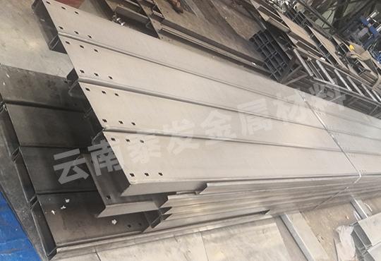 C型钢材料