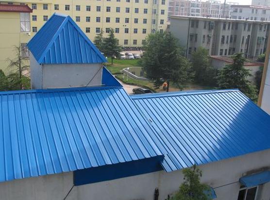 气温高时,彩钢瓦的屋面要如何隔热?