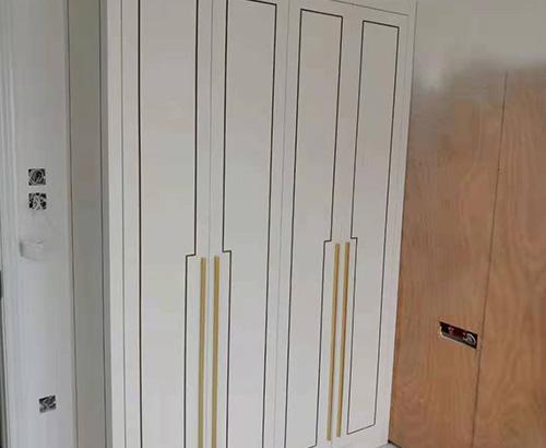 定制整體衣柜