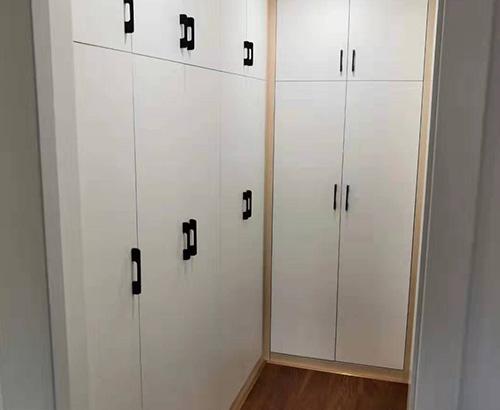 家裝定制衣柜