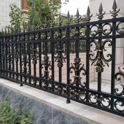 铝艺护栏的变化处理以及不生锈的原因