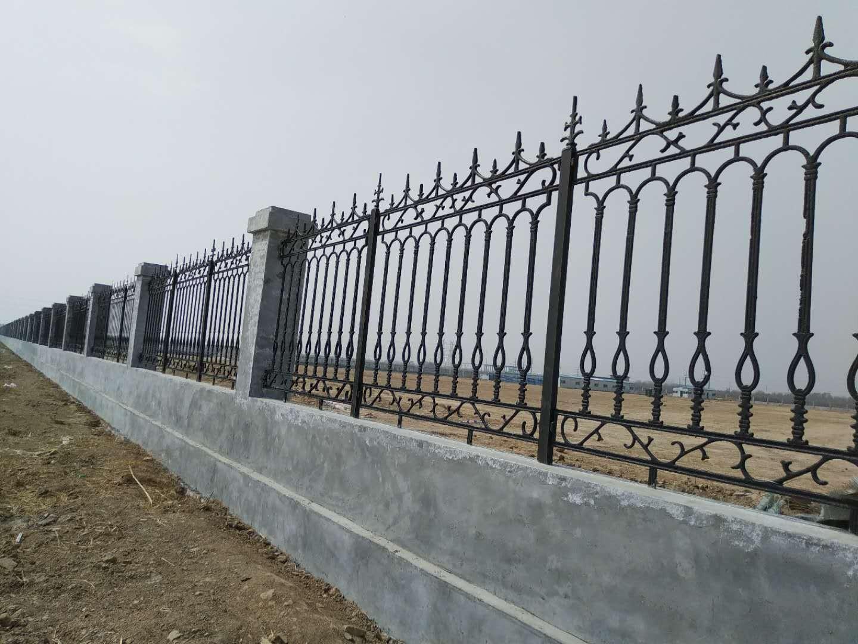 铁艺护栏不生锈的方法以及横截面的处理方式