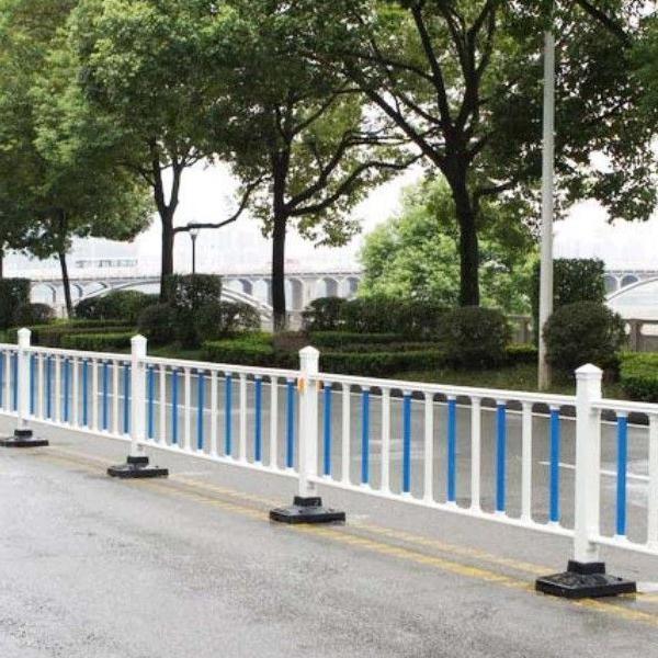 市政护栏安装事项以及功能作用