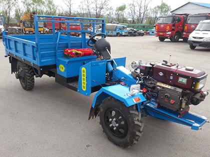 盘式四驱拖拉机