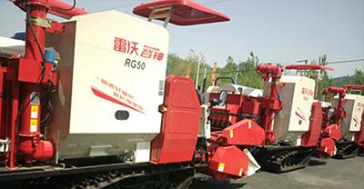雷沃水稻收获机