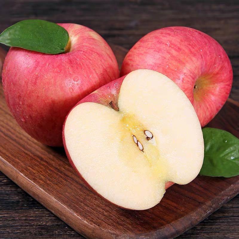 八粒红富士苹果