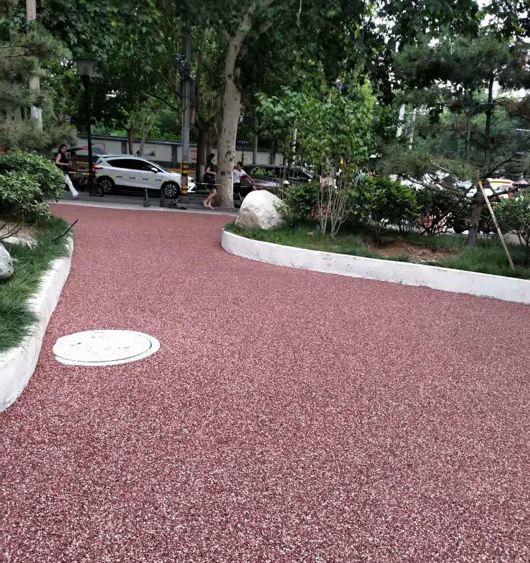 彩色透水混凝土实现土壤的渗透