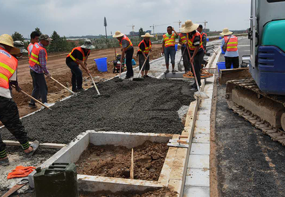 马术场透水路面项目