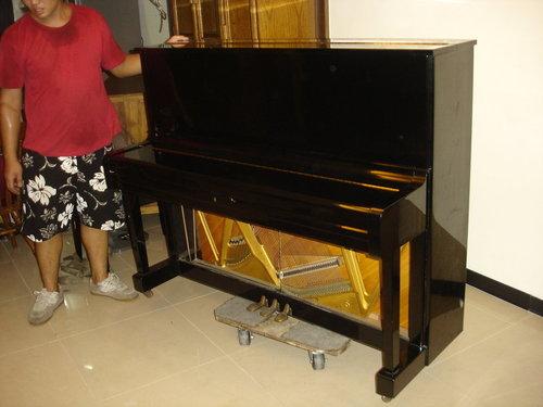 钢琴搬运案例
