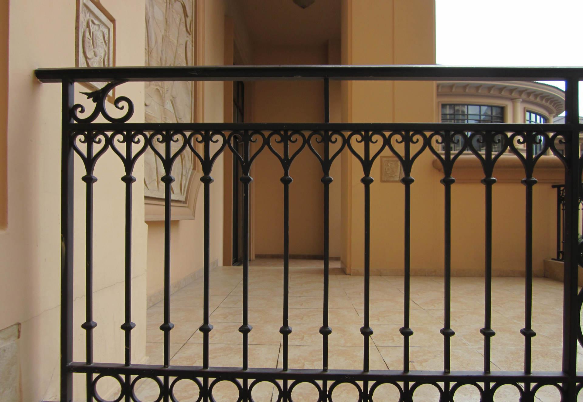 维护铁艺栏杆的重要性以及铁艺栏杆的特点有哪些
