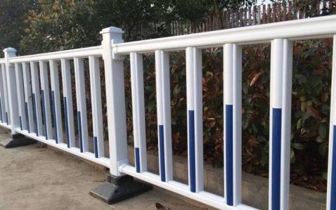 穆林/北安市政护栏道路道路防护栏多少钱一米?