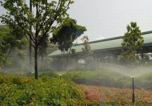 智能灌溉设备