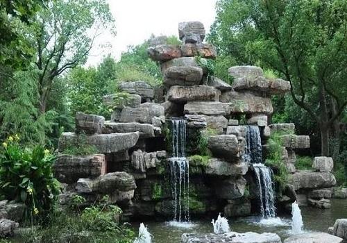 假山鱼池景观