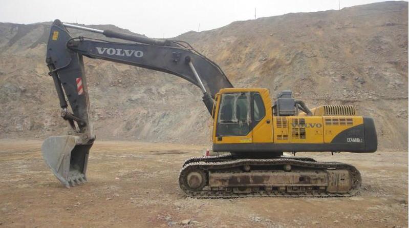 沃尔沃挖掘机憋车维修