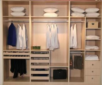 主卧衣柜内部结构图片