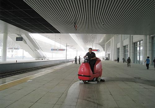 秦皇岛高铁站