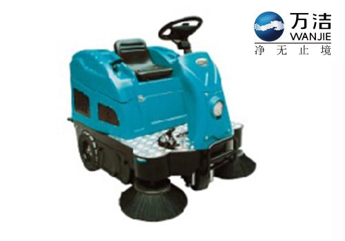 罗图氏 S2、S2+ 中型驾驶式扫地机