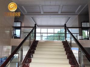 T式活动房(三跑楼梯)