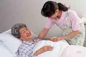 照顧老人和病人