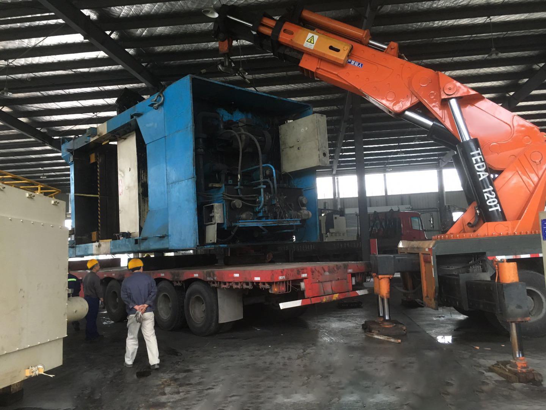 大型设备吊装运输