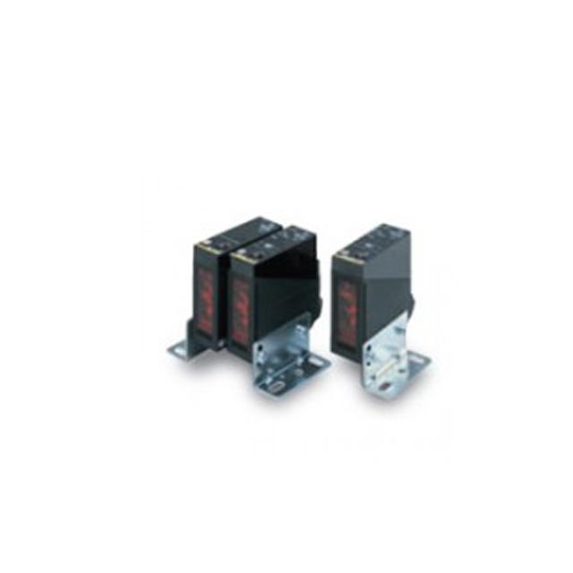 欧姆龙OMRON 光电传感器E3JM-DS70M4