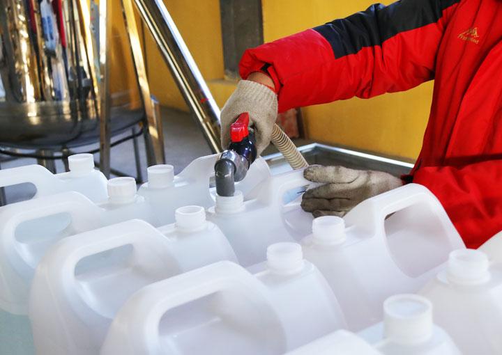 玻璃水防冻液设备怎么使用