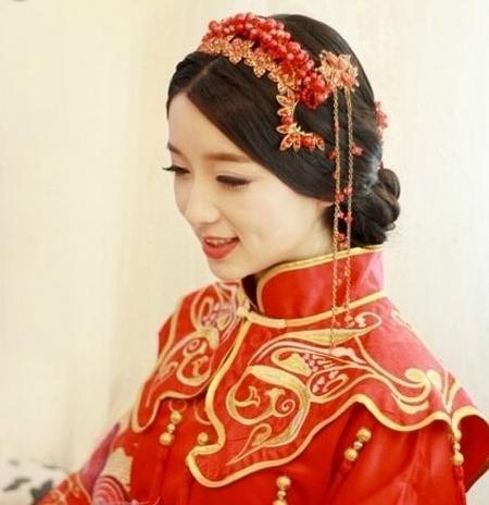 无锡婚纱礼服精心打造新娘中式婚礼新娘发型