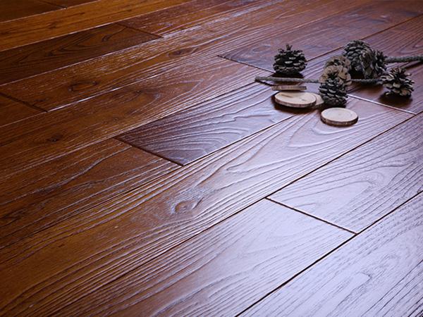 福州自发热实木多层地板