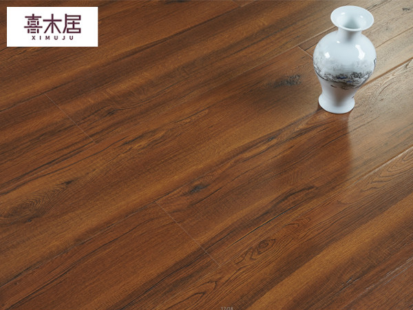 三氧化二铝强化地板