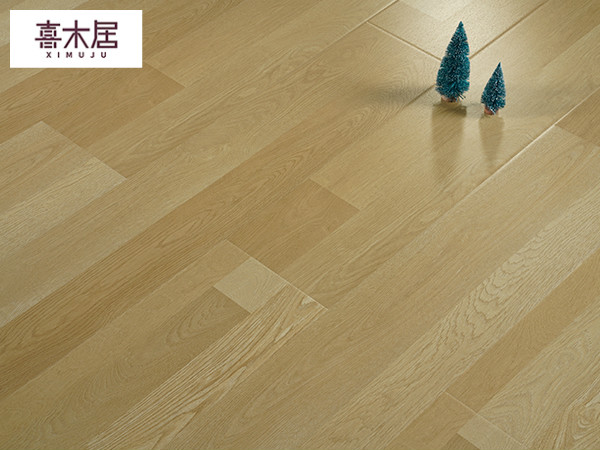 强化实木地板