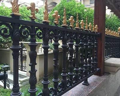 鋁藝庭院護欄