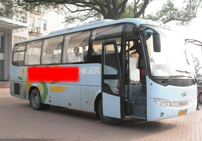 光谷租车租员工通勤车包月包年包季度分别多少钱高清图片