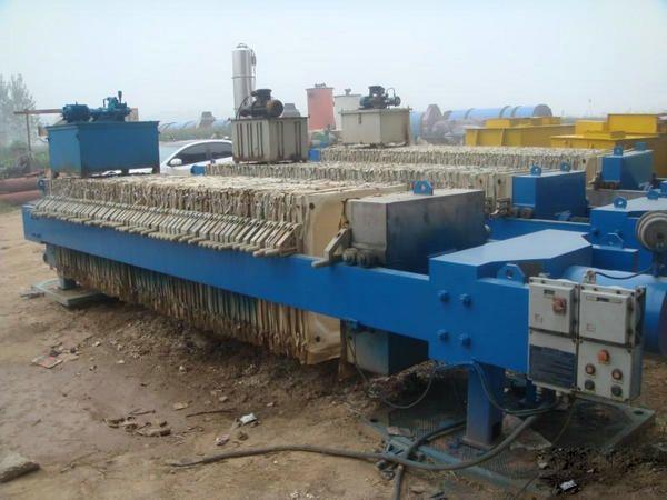 污泥离心脱水机的工作原理及结构