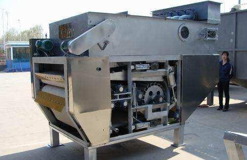 污泥脱水机出现分离液或滤液浑浊应及时采取措施