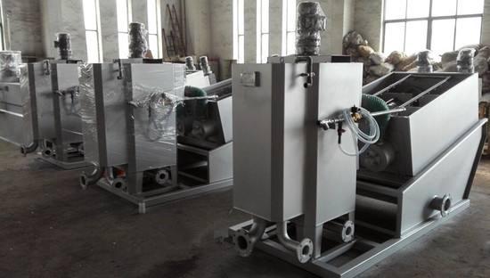 疊螺式污泥脫水機與帶式污泥脫水機的區別