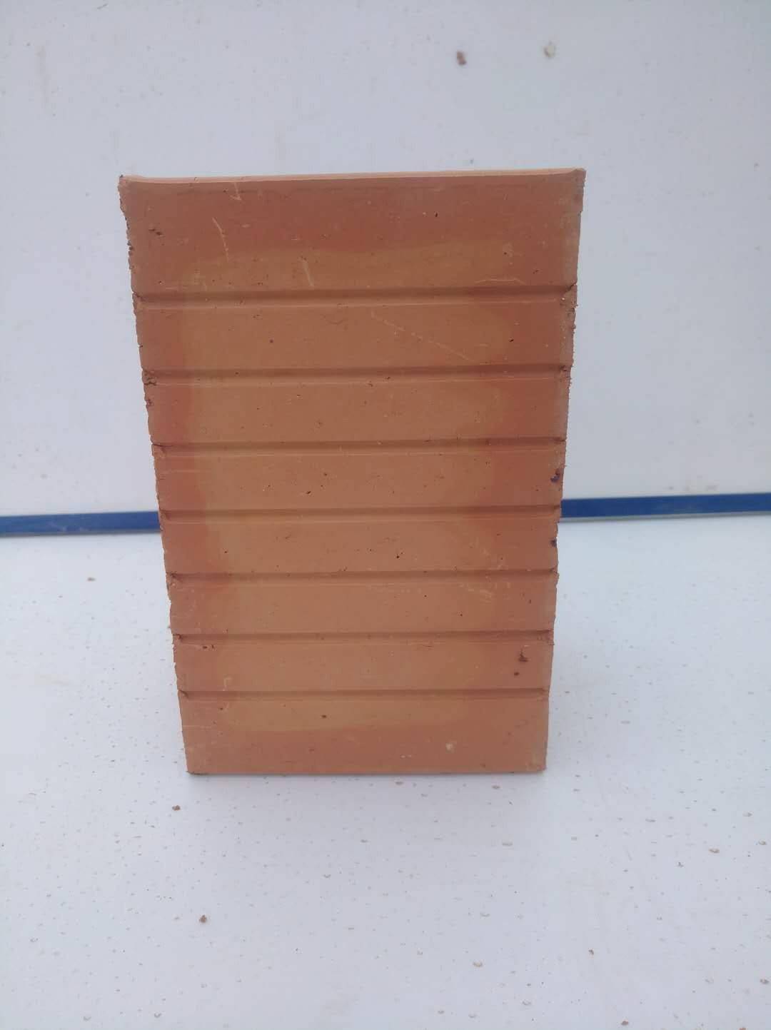 成都多孔页岩砖厂家带你了解页岩砖原料中包含的页岩