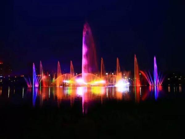 富平石川河滨河公园喷泉万能支撑器安装案例