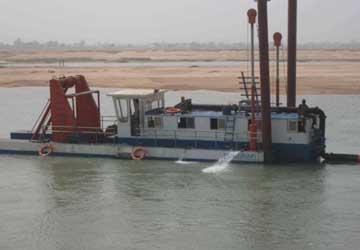 淘金船机械设备使用的发电机组如何发电