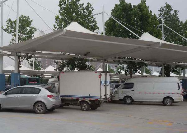 膜結構停車棚給人們帶來哪些便利