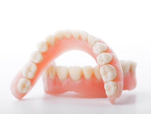 牙醫告訴你為什么建議你做牙齒矯正