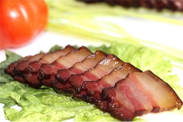 农家乐美食腊肉