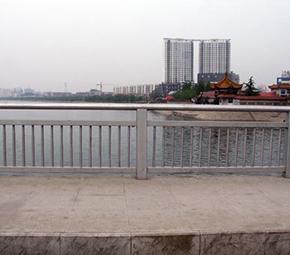 大桥焊接护栏