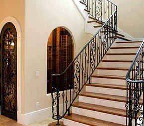 复式房楼梯扶手