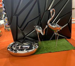 金属丹顶鹤雕塑